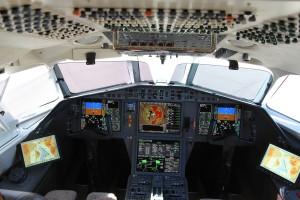 CMC Electronics Flight Bag shown in a Falcon 2000, Landscape